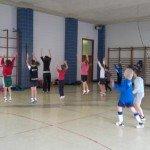 Bailando en el gimnasio