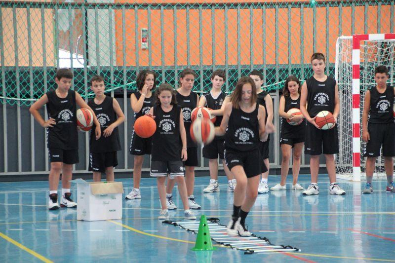 Noja; construyendo basket